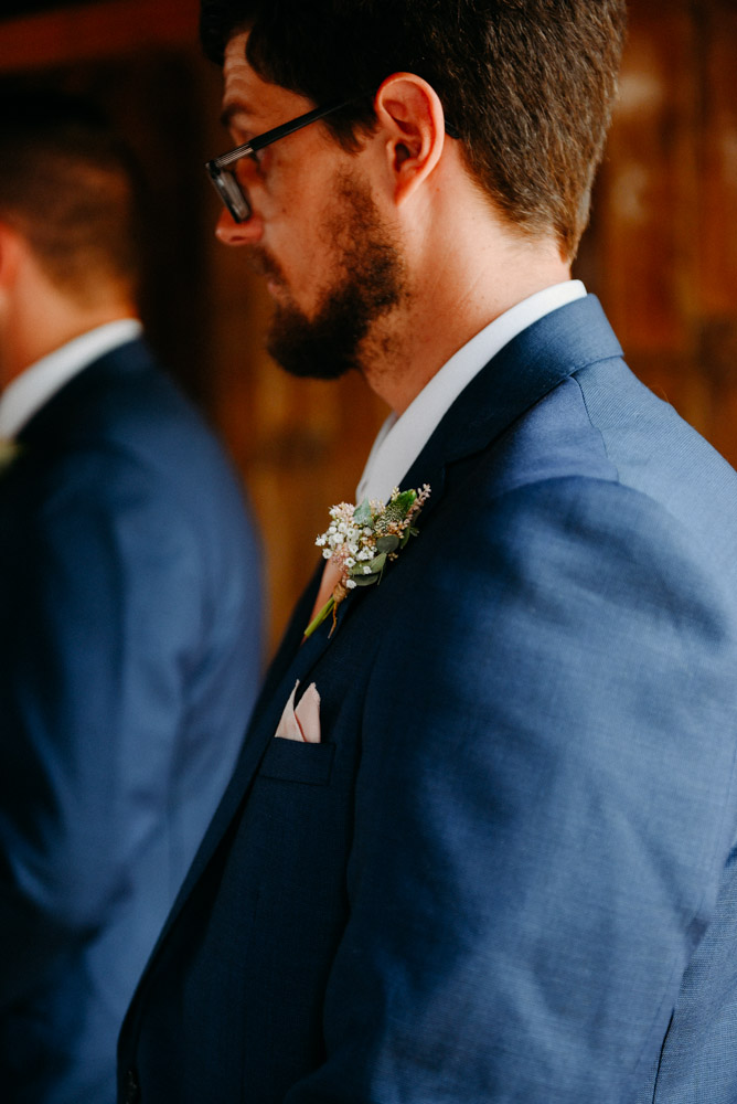 details of groomsmen pins