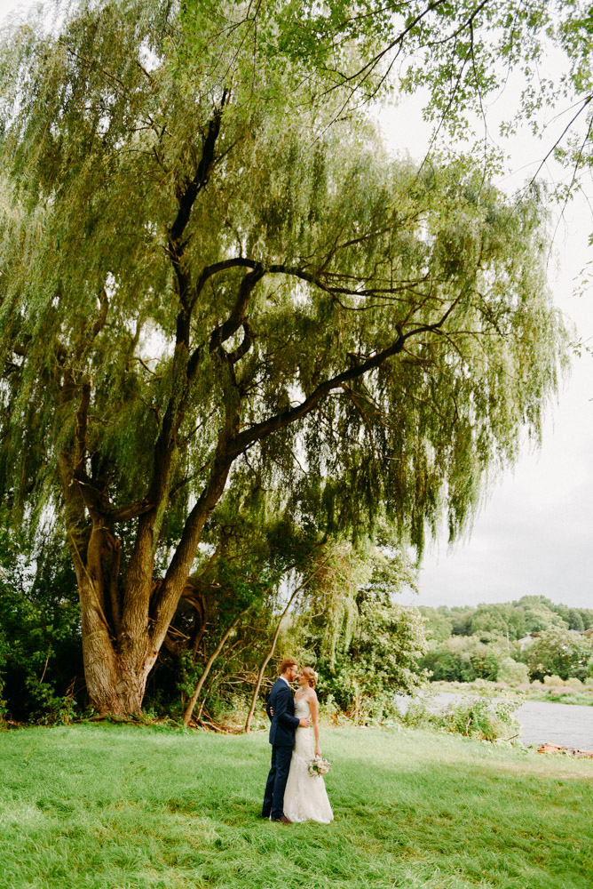 the landing 1841 wedding willow tree