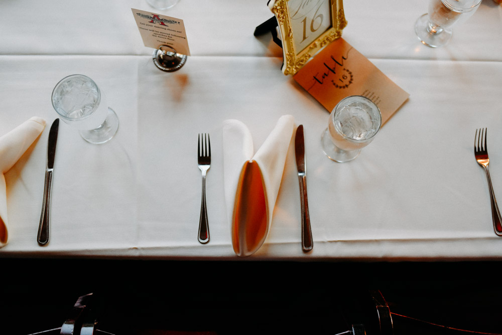 place setting before dinner