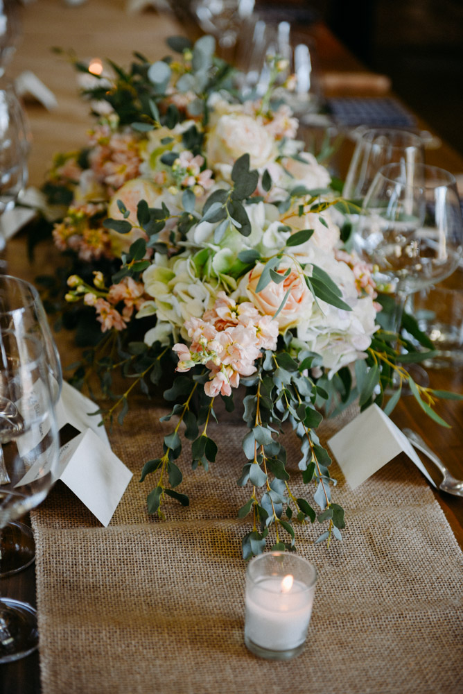 romantic floral on banquet table
