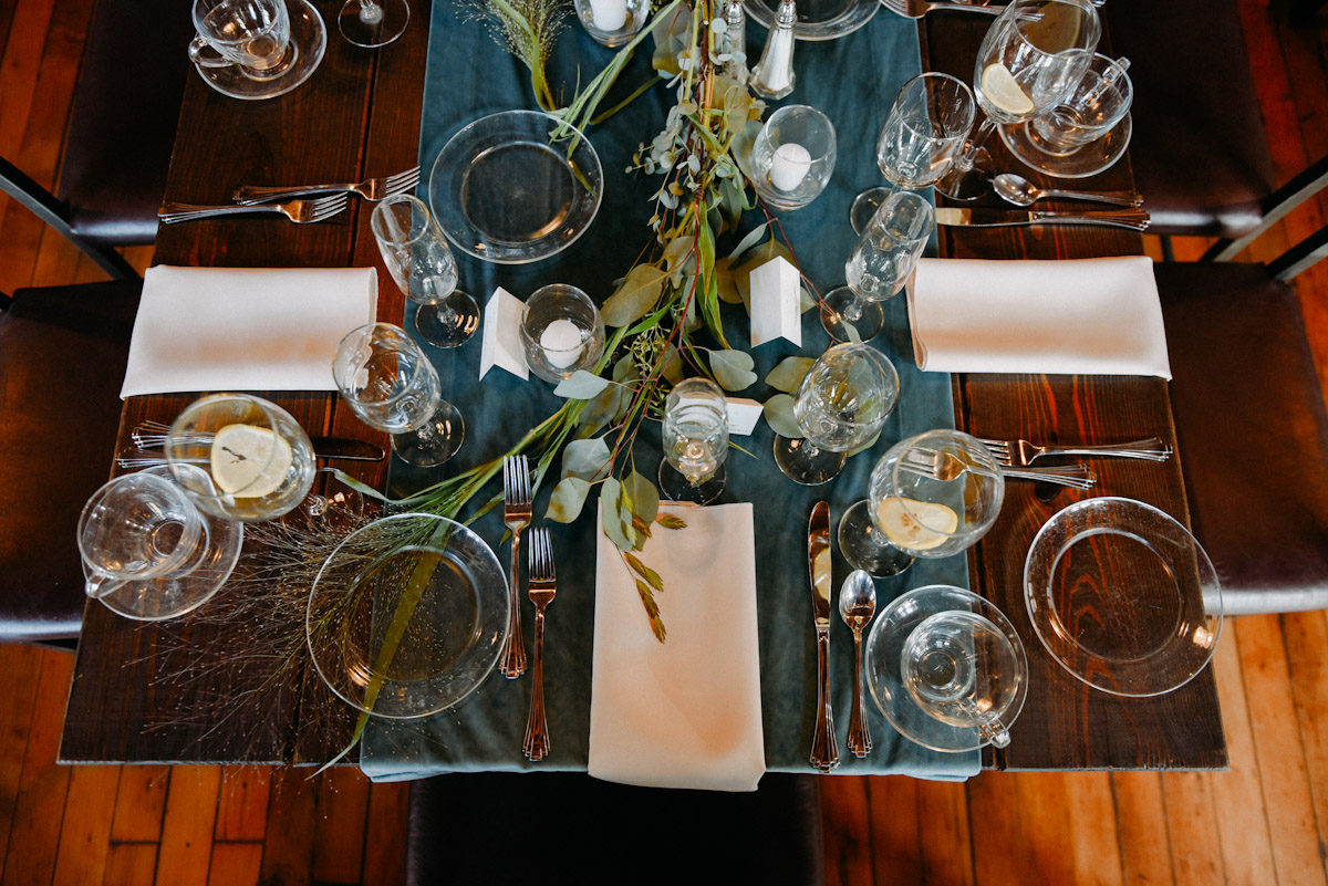wedding tabletop with clear plates
