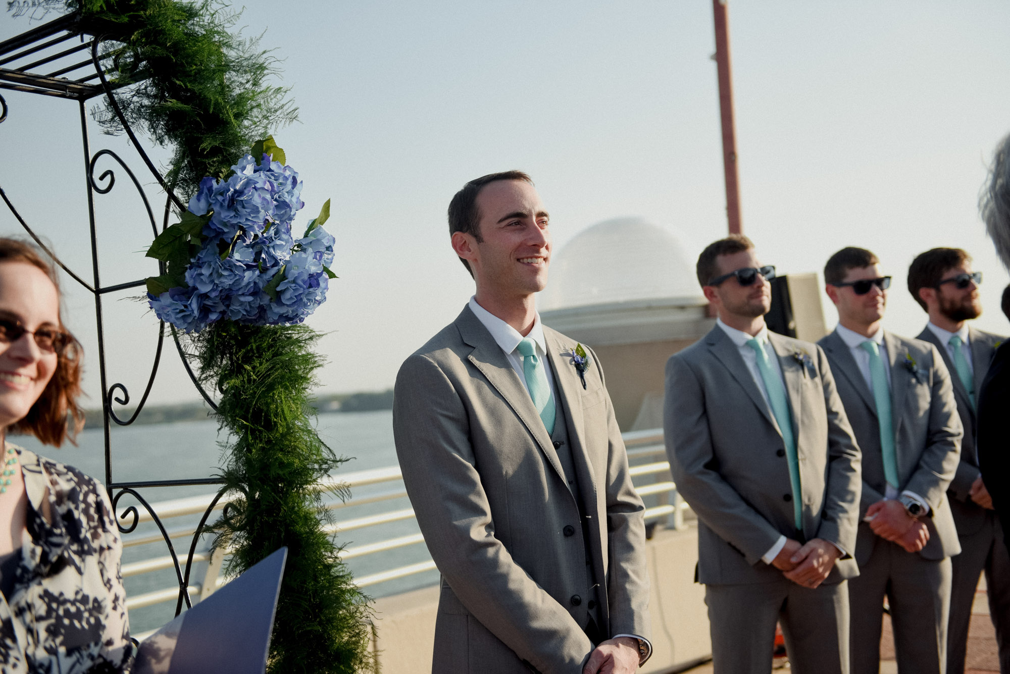 wisconsin rooftop wedding in madison during summer